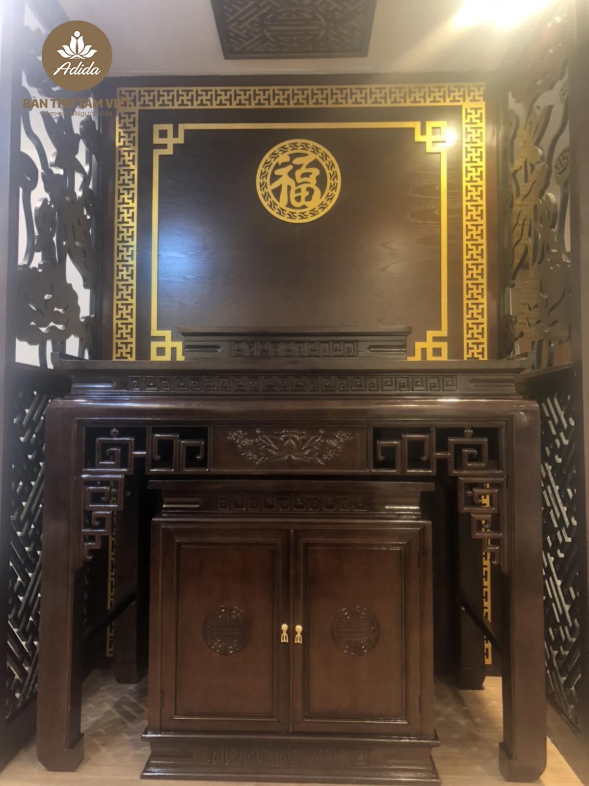Mẫu bàn thờ đứng gia tiên gỗ gụ
