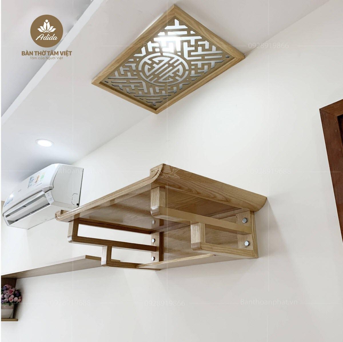 Bàn thờ treo tường bằng gỗ mít