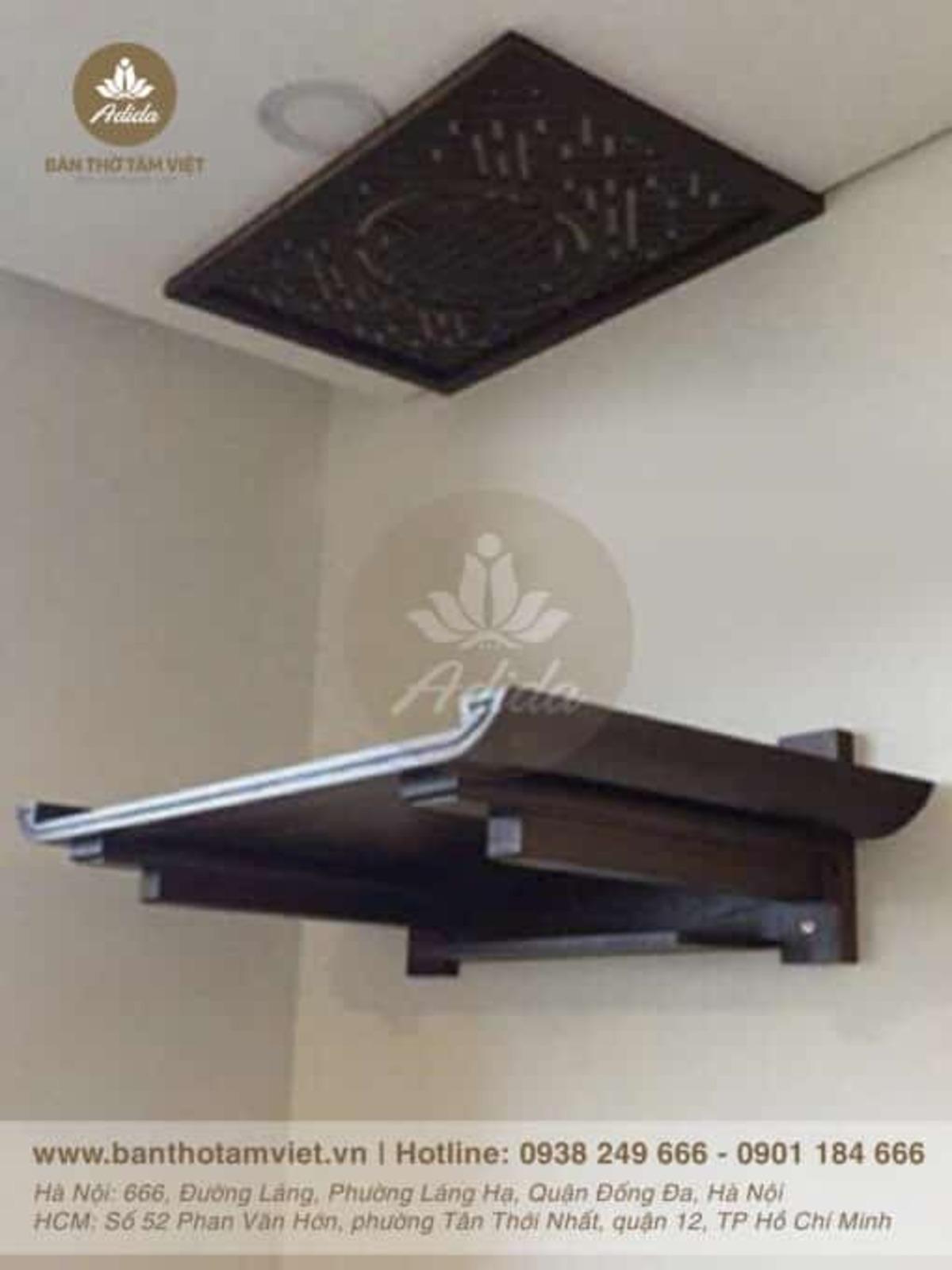 Mẫu bàn thờ treo tường gia tiên gỗ sồi đẹp