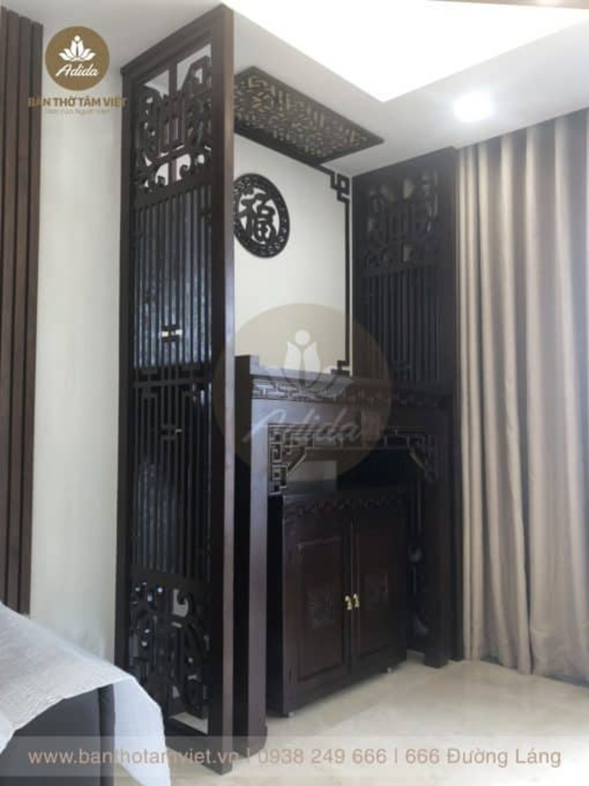 Tủ thờ chung cư gỗ hương đẹp