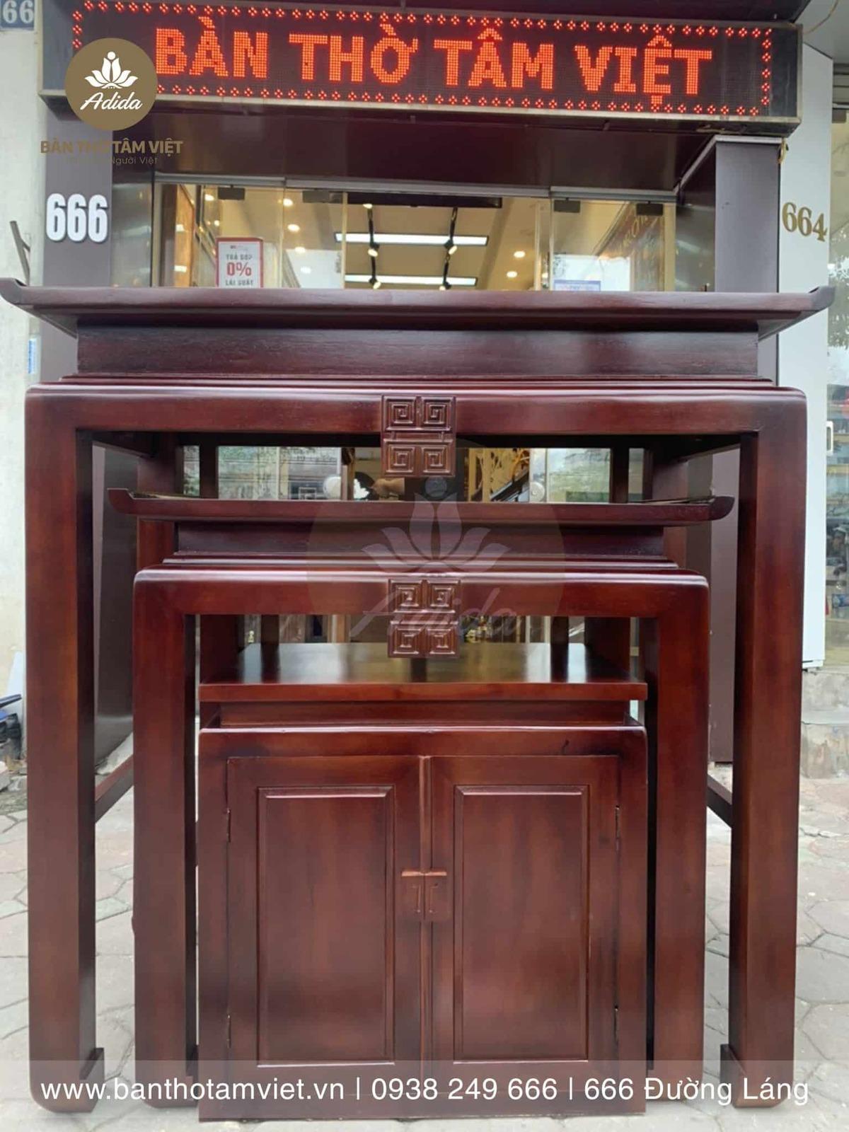 Mẫu tủ thờ chung cư bằng gỗ sồi