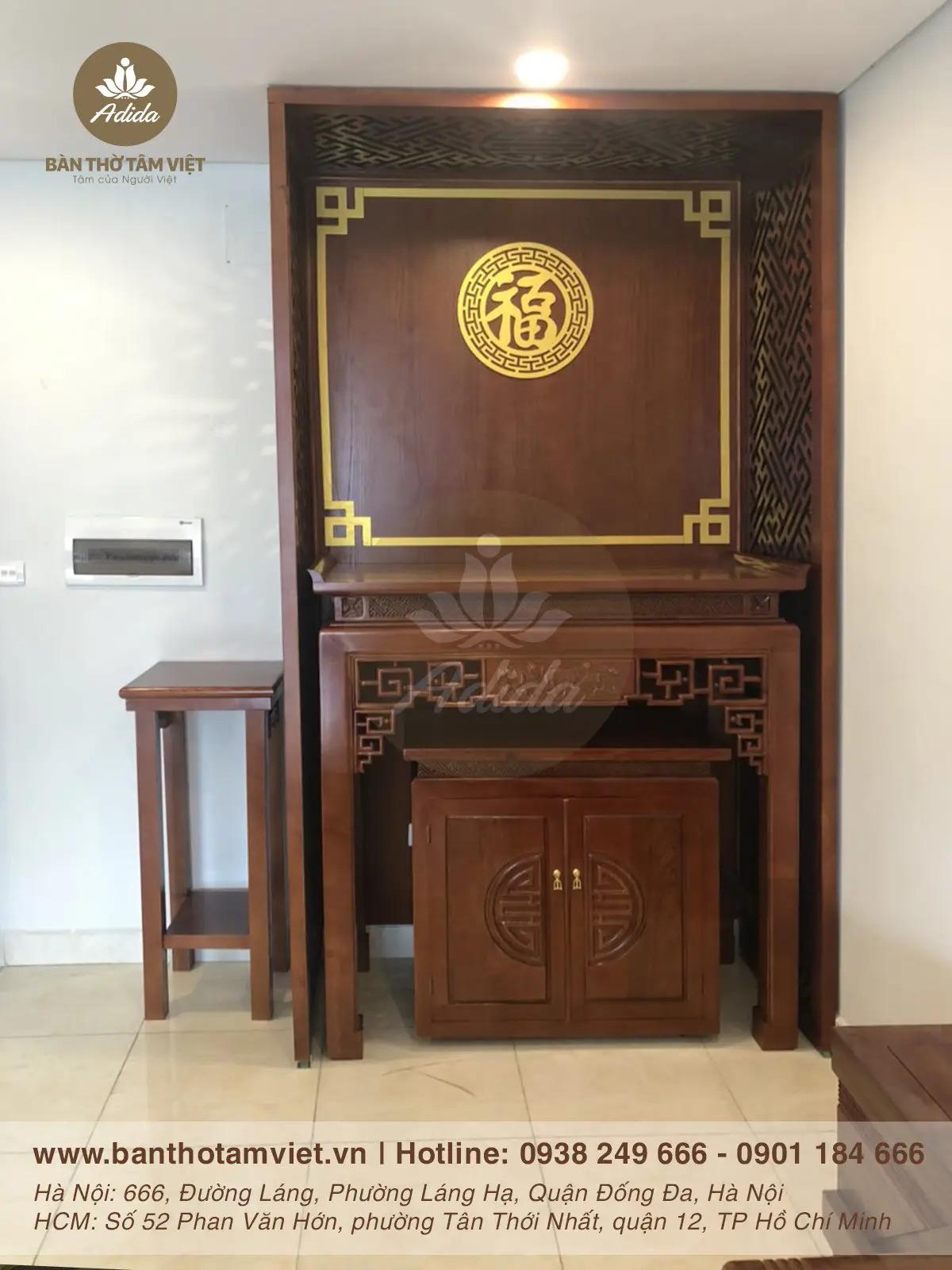 Mẫu bàn thờ đứng gia tiên gỗ Hương